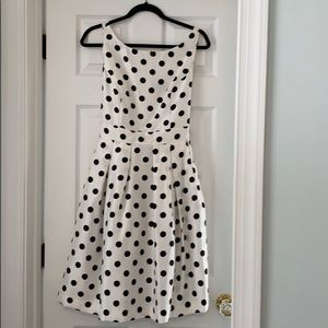 Jessica Howard Black & white polka dot dress